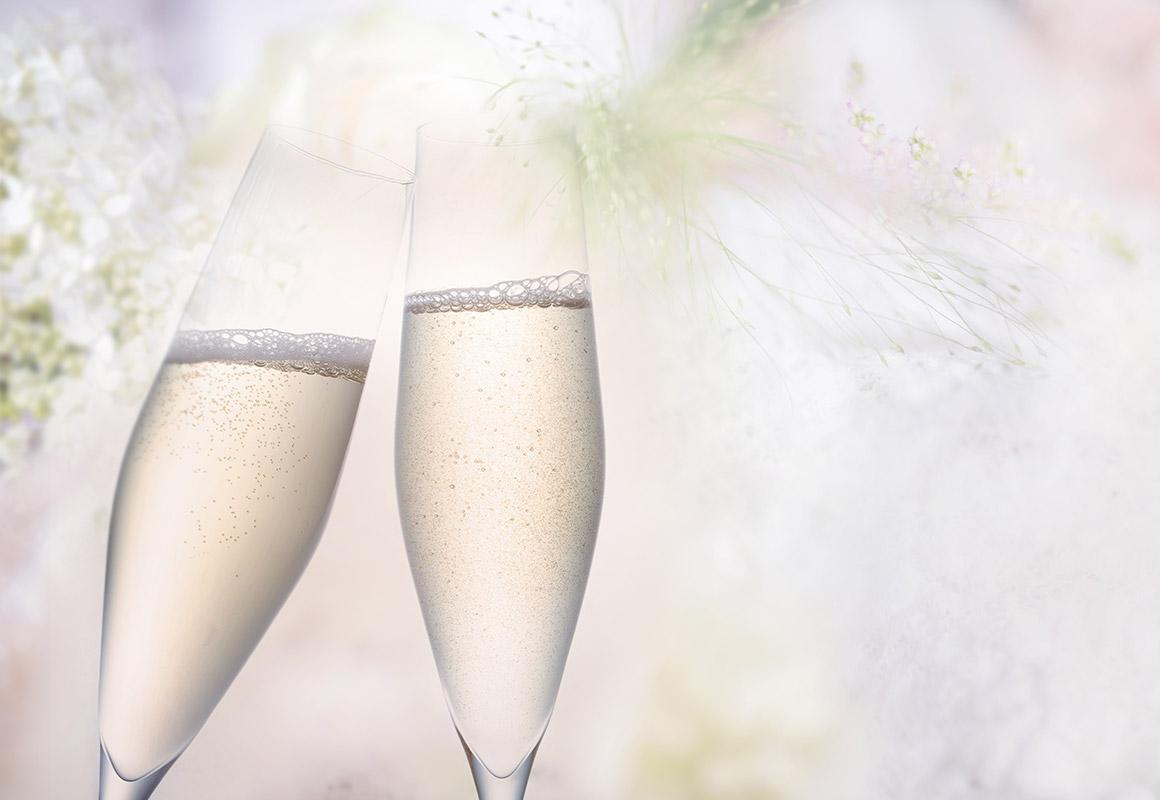 可憐な花の香りとイースト香 シャンパーニュ方式によるスパークリング・ワイン